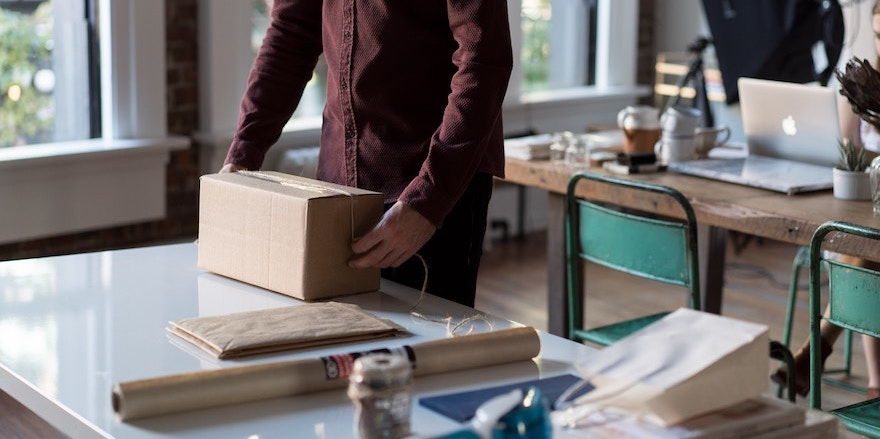 How to Leverage the Benefits of Drop Shipping and Instagram